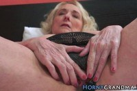 Old granny pussy pounded