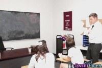 Schoolgirls fuck in way