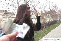 Brunette milf earns fast cash by flashing