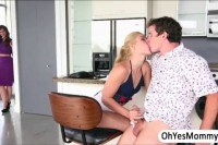 Milf syren fucks blonde teen goldie and her