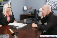 Blonde emma starr gets nailed in the office