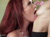 Therapist seduces redhead patient