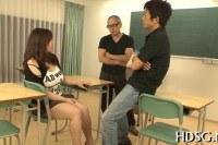Pussy schoolgirl takes dildo