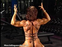 Haugfemale bodybuilder