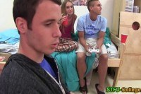 Coed teen bitch blows rod