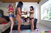 Lesbian best friends