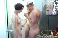 Australian lesbo urinates