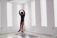 Anal ballerina