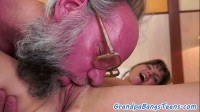 Babe pounded and facialized by grandpa
