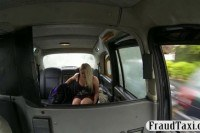 Amateur blonde passenger srewed by driver