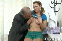 Old guy licks young pussy